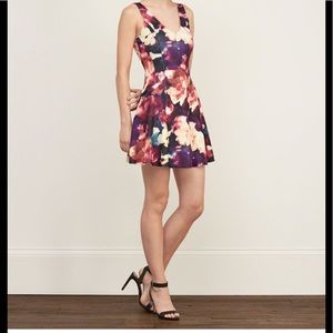 Abercrombie and Fitch dress NWT floral xs